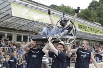 ASR_Gewinnerteam_Papercut_der-HS-Emden-Leer_Foto-von-Daniel_Müller1