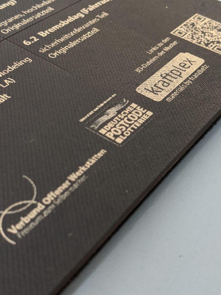 Das Logo von Kraftplex prangt auf einer der RepairBoxen von den Offenen Werkstätten.